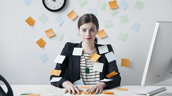 Women report feeling more stress than men at work